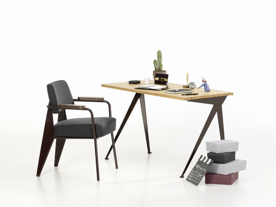 les meubles jean prouv revisit s par g star et vitra dkomag. Black Bedroom Furniture Sets. Home Design Ideas