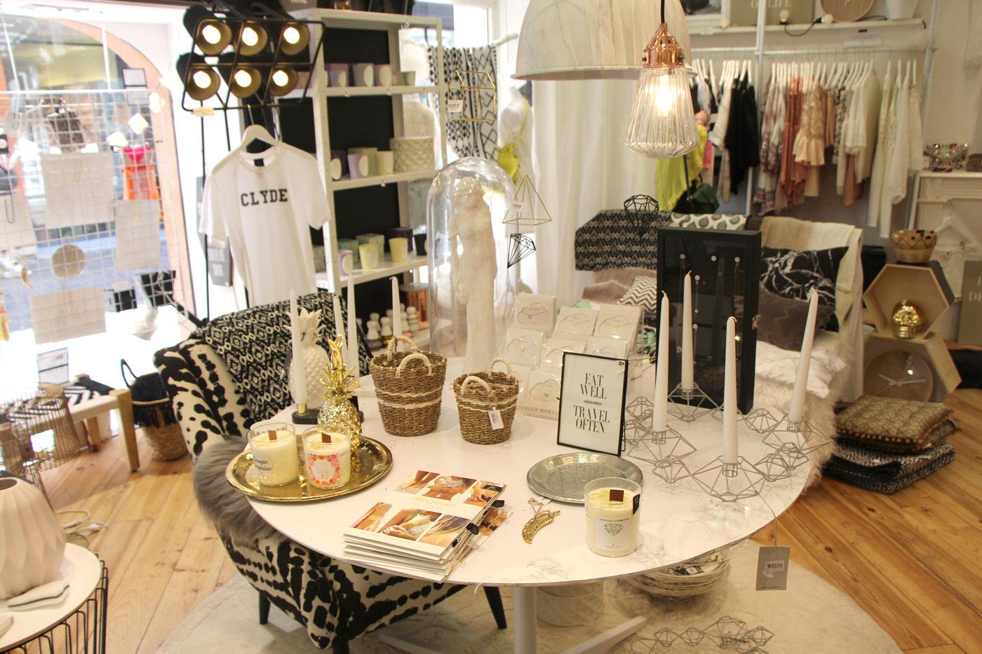 toulouse magasin appartement de penelope stephanie caumont 2 dkomag. Black Bedroom Furniture Sets. Home Design Ideas