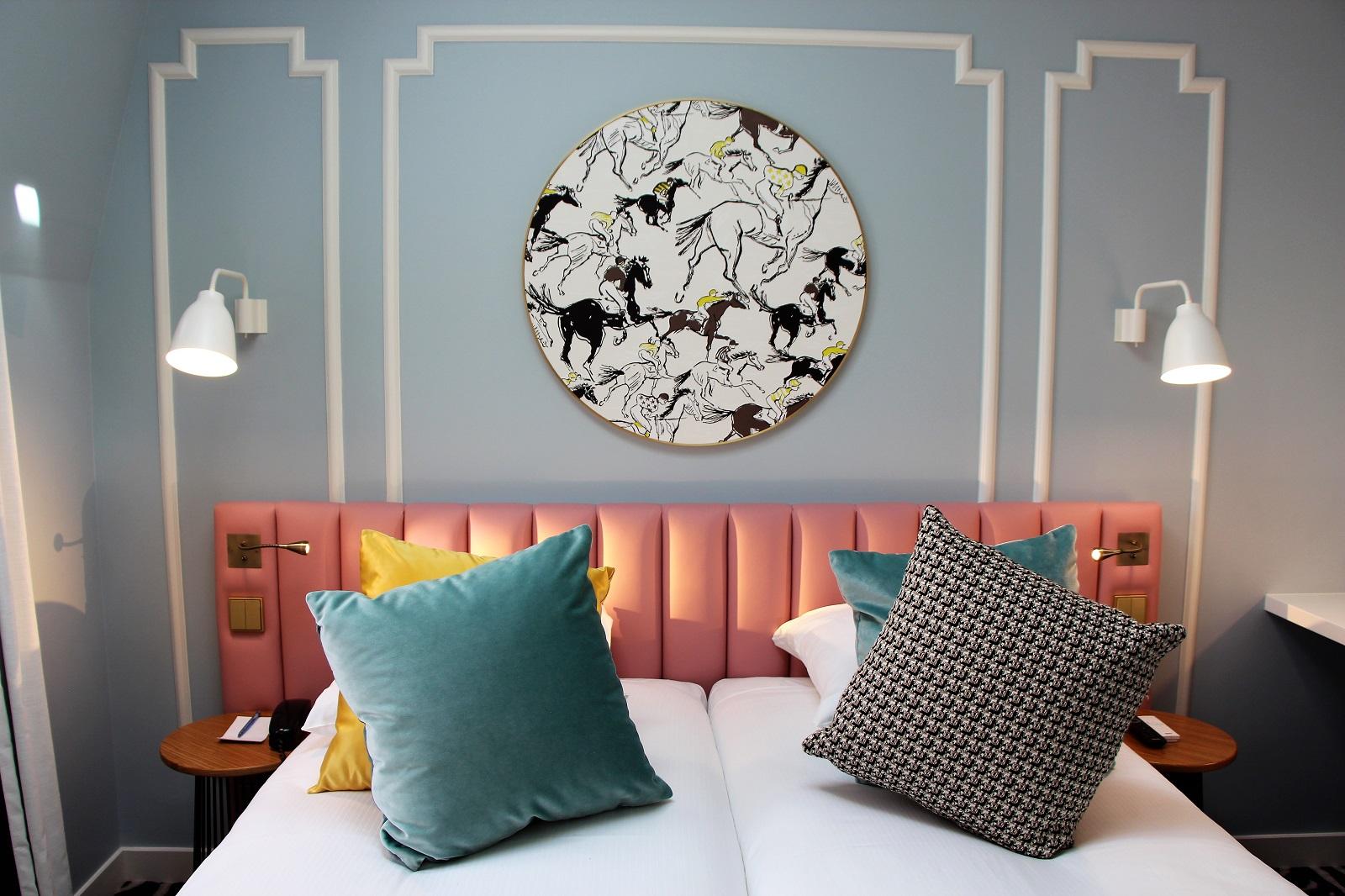hotel pastel stephanie caumont