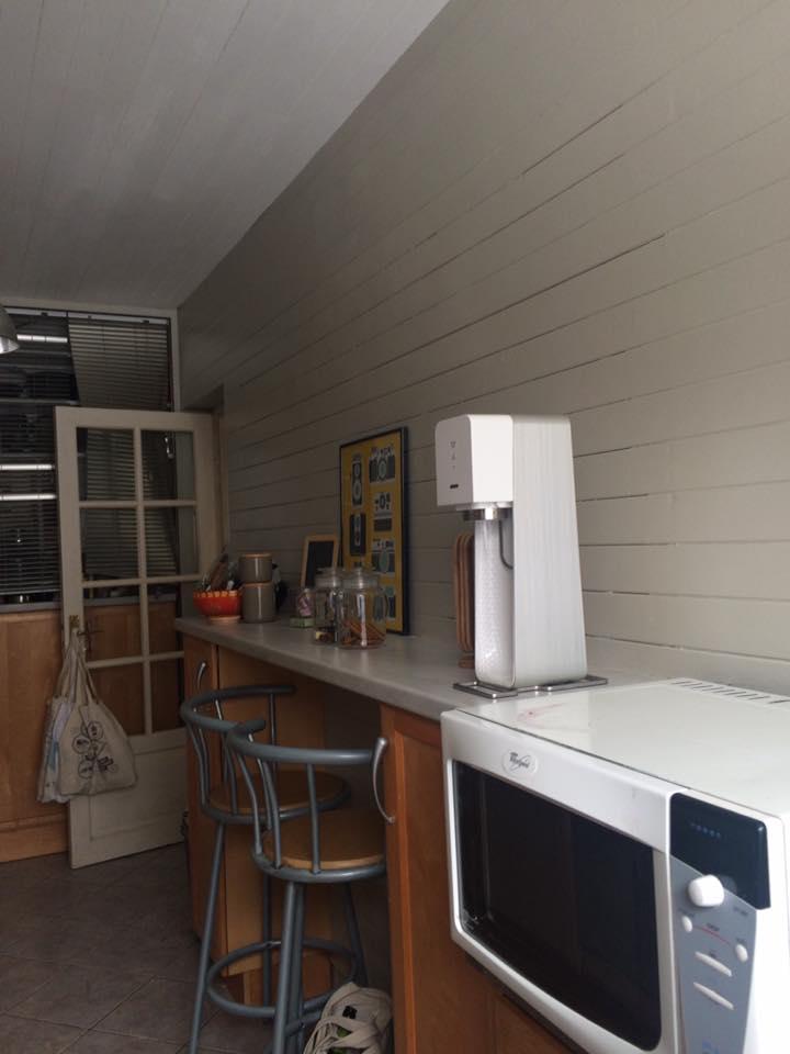 gagner de la place dans une cuisine en longueur concours dkomag. Black Bedroom Furniture Sets. Home Design Ideas